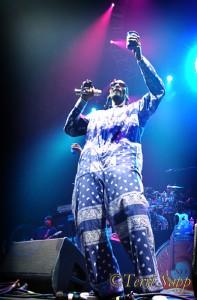 Snoop Dogg toasts